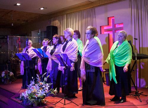 псков встречи для пожилых служение старшего поколения золотые годы церовь хве евангельская божья