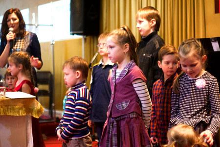 детская воскресная школа церковь хве псков евангельская благословений детей