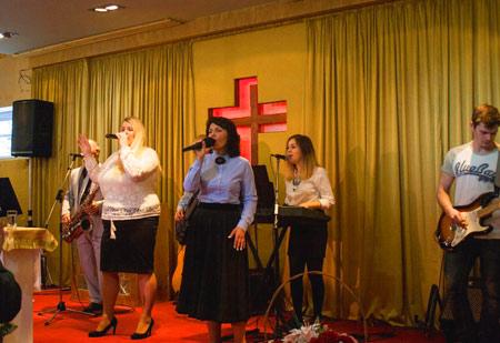 хвала и поклонение церковь хве евангельская божья христа псков опочка